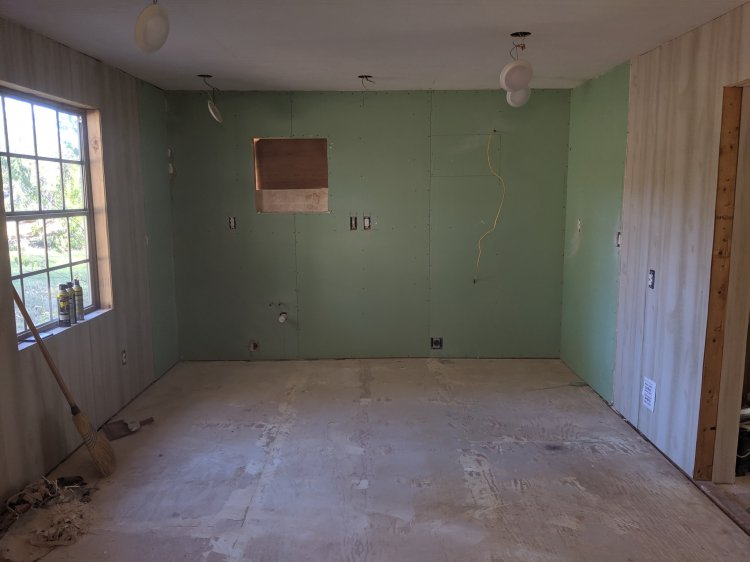 new drywall installation, hanging, mud, tape, finish drywall, paint, Chattanooga, paneling