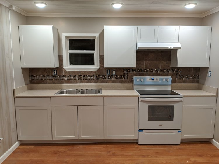 tile backsplash, paint, cabinet installer, installation, hanging, painting, chattanooga, ooltewah
